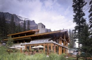 Moraine Lake Lodge exterior 2- JV